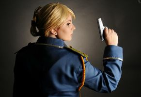 Riza Hawkeye: Model Soldier by DMinorChrystalis