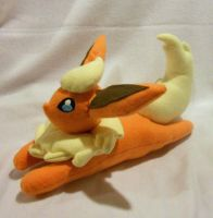 Small Flareon Plush by PakajunaTufty
