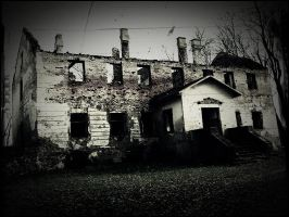 Horror house. by MoreFreedomh