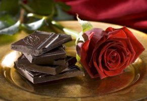 A rose with Chocolate by cheyanne-mia2