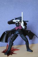 Revoltech Alucard figure_Guns Inverted Cross by Debreks