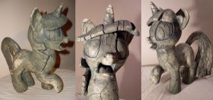 Stoned Twilight Sparkle - Sculpture by MadameLeFl0ur