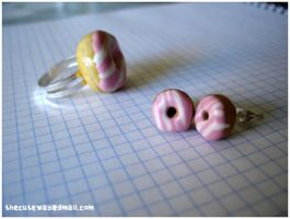 .:Donuts set:. earringsANDring by SaMtRoNiKa