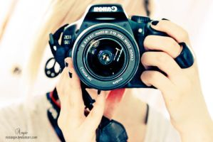canon eos 550d by RioTAngiE