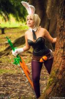 Riven battle bunny - League of Legends by JuTsukinoOfficial