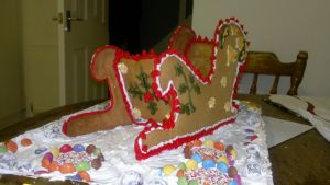 Finished Gingerbread sled by Tischen