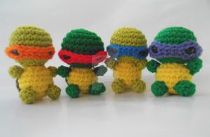 Micro Ninja Turtles Crochet Amigurumi by StitchedLoveCrochet