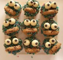 Failed Cookie-Monster cupcakes by cookiiemon