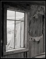 Window and Wall by mymamiya