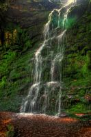 Middle Black Clough Waterfall... by TheBaldingOne