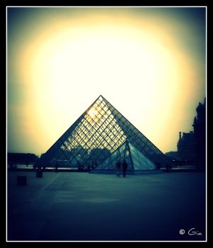 Louvre by Gia9