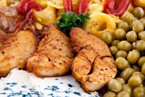 Chicken with pasta and veggies by akadime