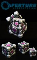 Hama Companion Cube Box - PLUS Mini Cube by Retr8bit