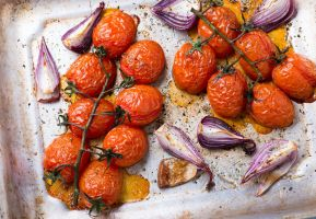 Oven roasted tomatoes and onions by BeKaphoto