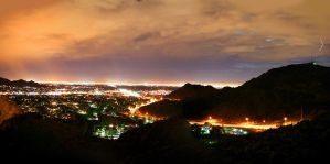 phoenix arizona at night by SurfaceNick