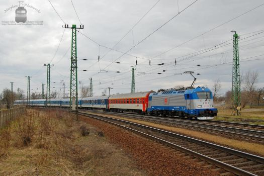 380 007 arrives with an EC train at Komarom by morpheus880223