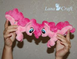 Pinky chain by LanaCraft
