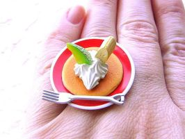 Pancake Whip Cream Fruit Ring by souzoucreations