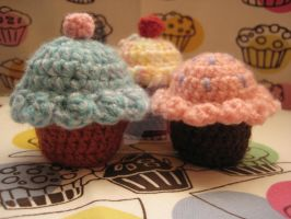 Crochet Cupcakes by Somniculosa