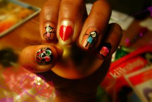 Valentine couple nail art by swapthat