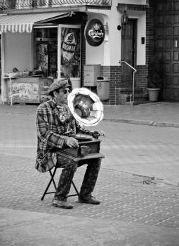 gramophone man by CallMeAnnette