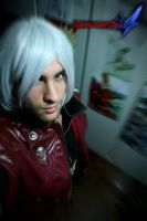 Istant Dante Devil May Cry 4 by SenninUzumaki