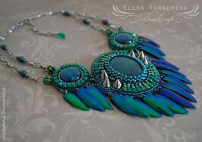 Beetle wings necklace by eturgeneva