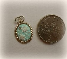 Hand appliqued floral pendant 4 by Stefimoose