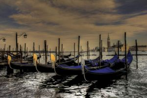 Venezia 2 by Douce-Amertume