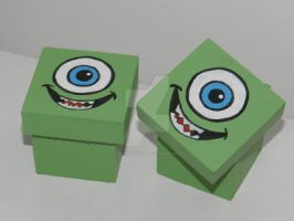 mike wazowski box by artesladybug