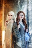 Song of Ice and Fire - Daenerys and Sansa Stark by Blue-colibri