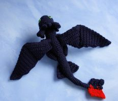 Amigurumi doll of Toothless from HTTYD by tinyAlchemy