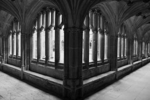 Hallways of Hogwarts. by alexmaryjane