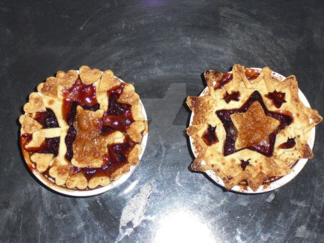Mini cherry pies by Xquerade