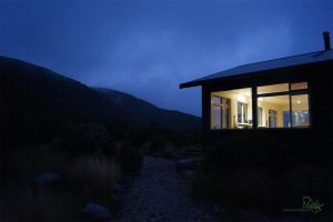 Perry Saddle Hut - Night by vorno