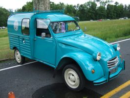 Citroen Type AK350 2CV Fourgonnette by Aya-Wavedancer