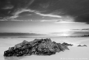 Mono Sunset by Photomerwe