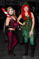 Harley Quinn and Poison Ivy cosplay by MidnightSkyPhoto