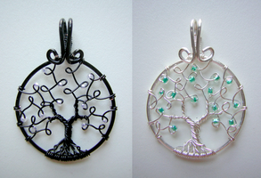 Celtica and Elune (mini pendants) *COMMISSION* by RachaelsWireGarden