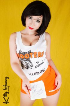 Hooters girl by Kitty-Honey