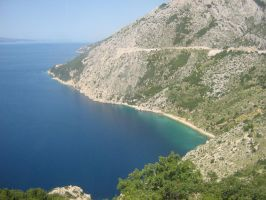 Crag to the sea by sineddine