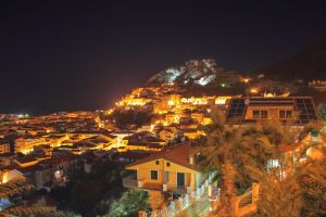 Nightscape on Amantea - HDR by yoctox