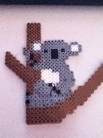 Perler bead Koala in a Tree by Yinlizzy