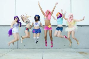 Flirty Fillies MLP JUMP Comikaze 2012 by xAleux