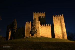 Guimaraes Castel by A2Matos