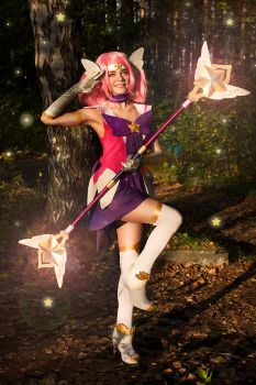 Star Guardian Lux cosplay by Ytka Matilda by YtkaMatilda