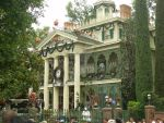 Haunted Mansion by Saquena