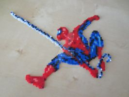 Spiderman perler by msSUPERGIRLX3