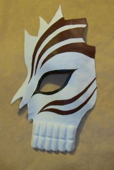 Ichigo's semi-hollow mask by MetamorphosisCosplay