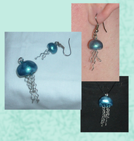 OOAK Jellyfish Necklace and Earring by DinobotLoki